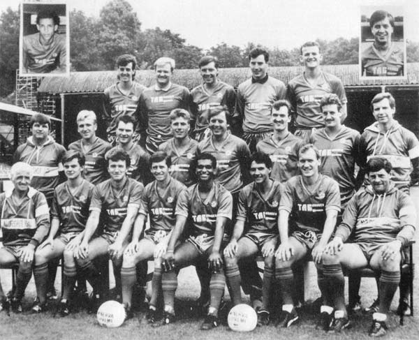 Team Shot: The 1986/87 Aldershot squad, with Bobby Barnes proudly sat in the middle of the front row (Photo: http://www.mselliott.plus.com/)