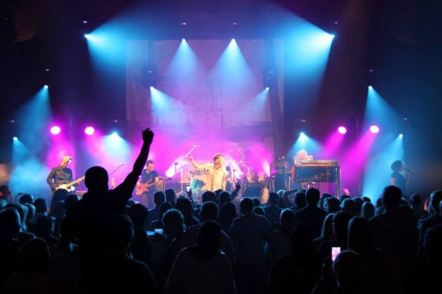 Swaying Arms: Deacon Blue at the Guild Hall (Photo courtesy of the band's official Facebook page)