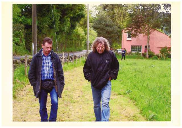 Zep Steps: Andy with Robert Plant at the 1995 Isle of Man TT races (Photo: http://www.andykershaw.co.uk/)
