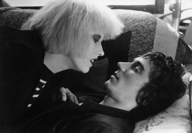 On Top: Hazel O'Connor with co-star Phil Daniels on Breaking Glass,1980 (Copyright:  Paramount)