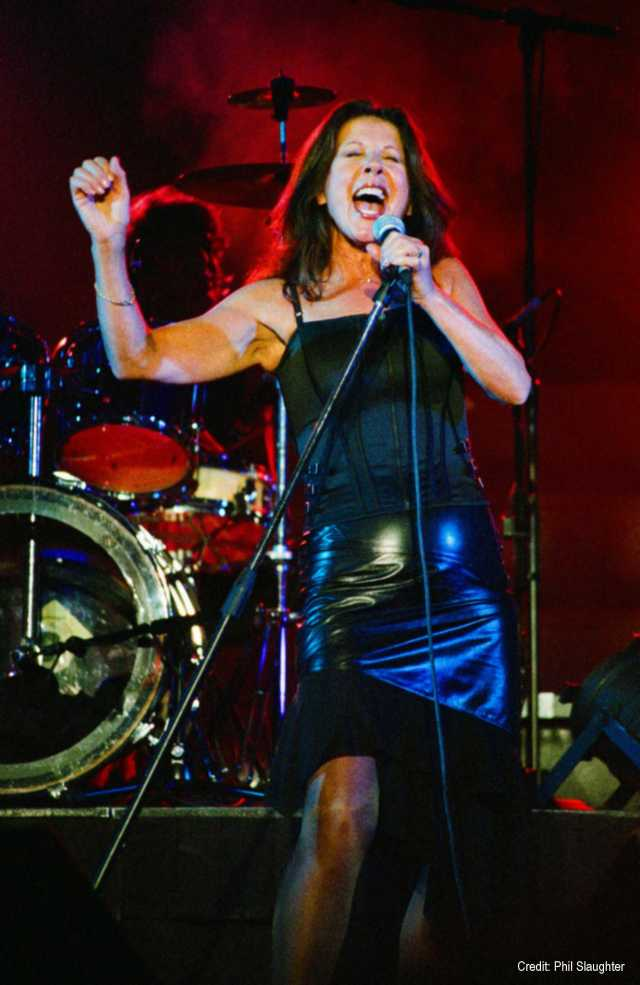 Vocal Passion: Elkie Brooks gives it her all (Photo: Phil Slaughter)