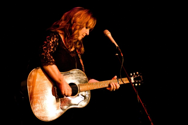 Comin' Back: Gretchen Peters live at the RCC Letterkenny, Donegal, October 2013 (Photo: John Soffe) (www.johnsoffe.com)