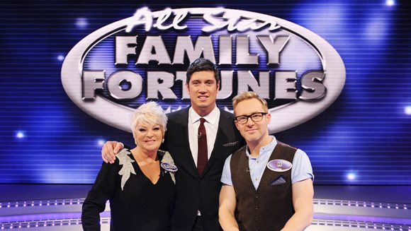 Family Time: Crissy Rock, Vernon Kay and H from Steps on the set of All Star Family Fortunes (Photo: ITV)