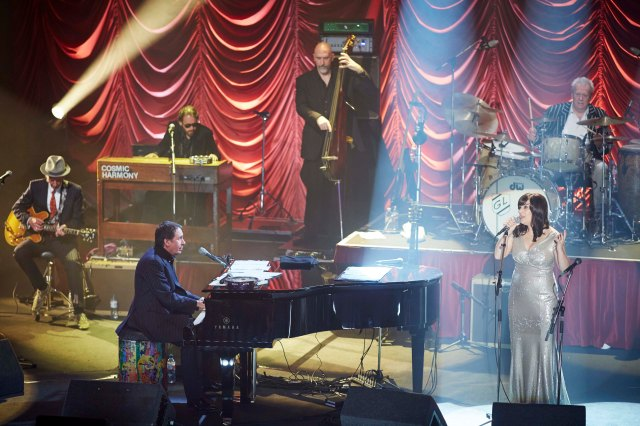 Positive Touch: Rumer joins  Jools Holland at the piano (Photo: BBC)