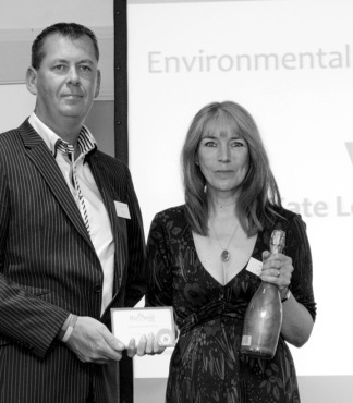 Going Green: Kate receives the Environmental Mum of the Year accolade at the BizMums Awards (Photo: http://www.katelongbooks.com/)