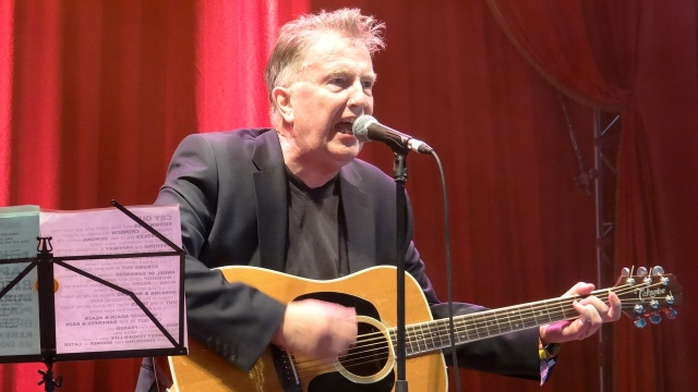 Now Playing: Tom Robinson in the studio, recording again