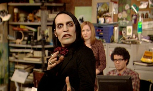Gothic Masterpiece: Noel's Richmond Avenal, with The IT Crowd co-stars Katherine Parkinson and Richard Ayoade (Photo: Channel 4)