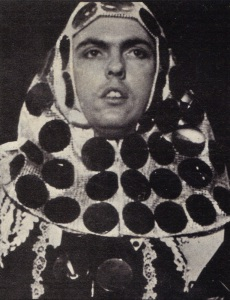 Metal Nun: Dave Hill at the height of his sartorial elegance