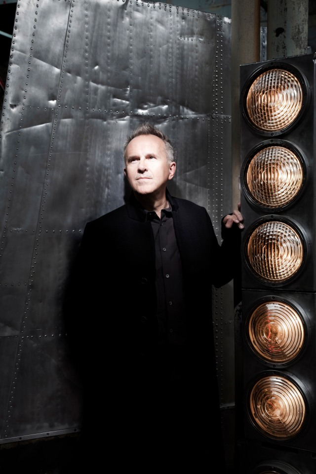 Light Entertainment: Howard Jones