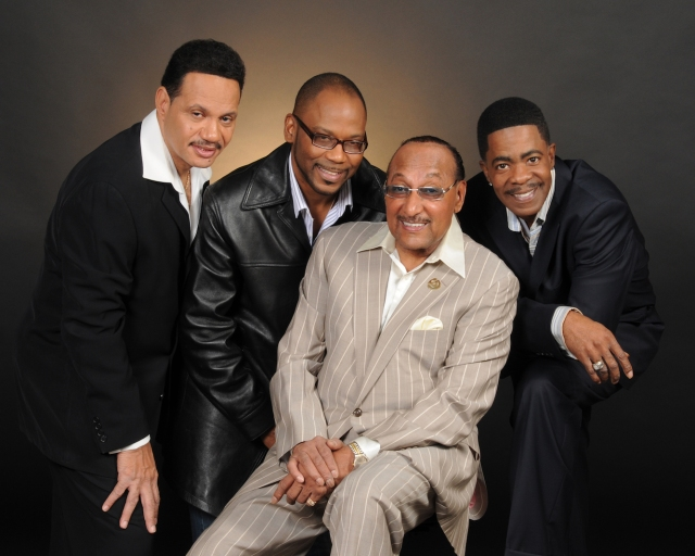 Tops Entertainment: Duke Fakir, surrounded by his fellow Four Tops, 2016 style