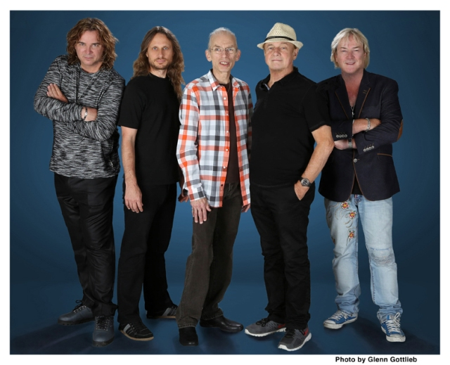 Prog Princes: Yes in 2016. from the left - Billy Sherwood, Jon Davison, Steve Howe, Alan White, Geoff Downes (Photo: Glenn Gottlieb)