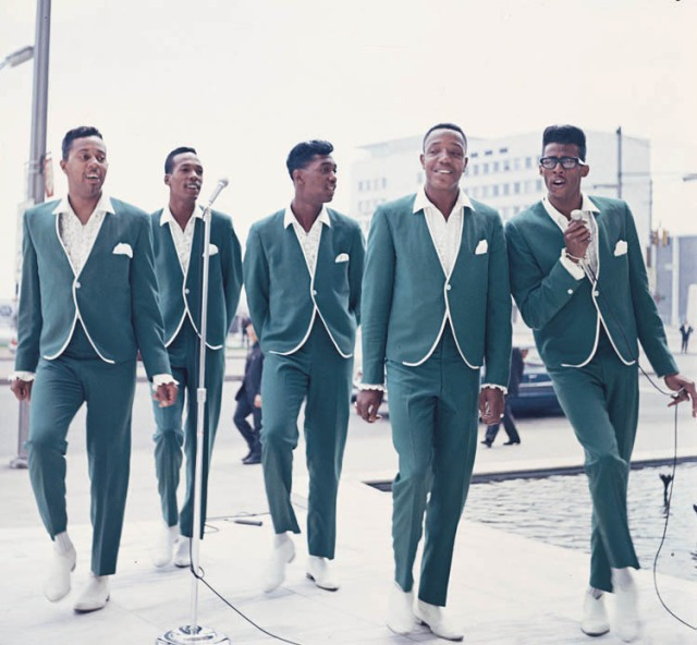Way Back: The Temptations, 1965 style (and I mean style)