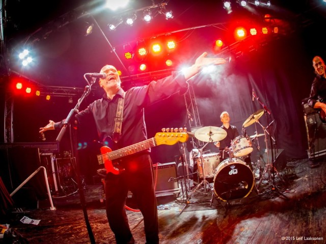 Celebration Time: Wilko and his band, coming to entertain you (Photo copyright: Leif Laaksonen)
