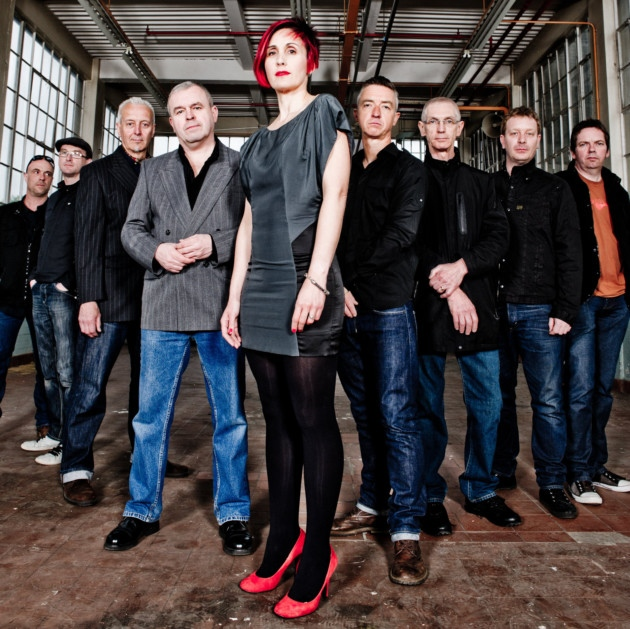 Red Shoes: Alison leads the way with her bandmates from The South
