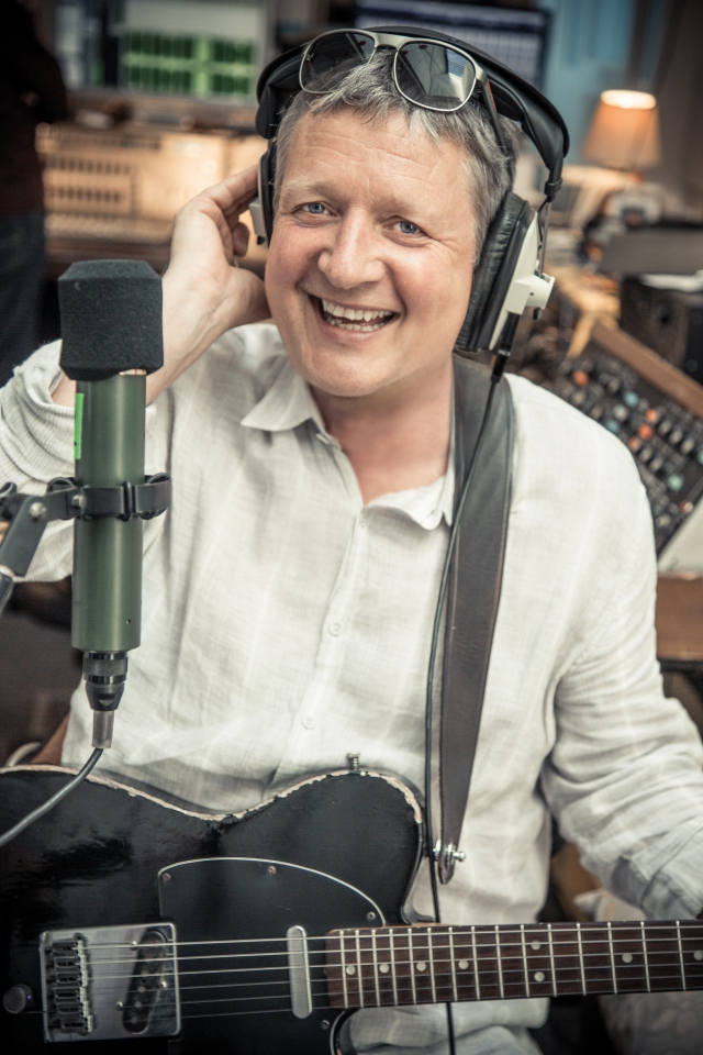 Happy Wending: Glenn Tilbrook, back out on the road, this time as a solo artist (Photo: Rob O'Connor)
