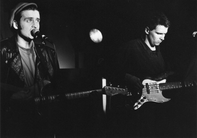 Barber Brothers: Mark and Simon Barber, co-fronting the band at Surrey University in early 1989 (Photo: Paul Sherwood)