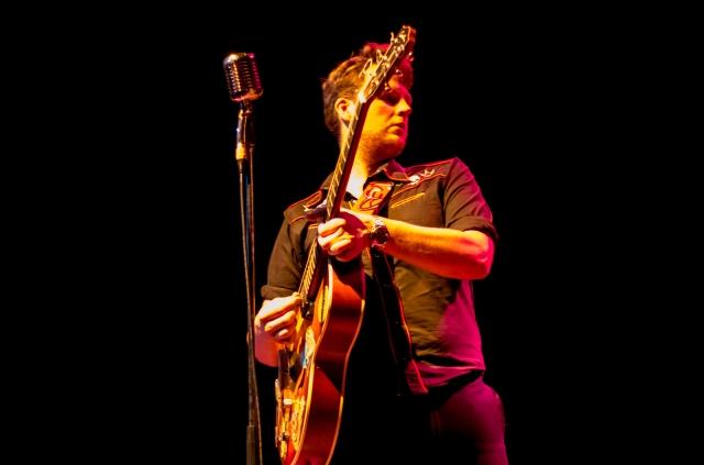 Guitar Man: Doug Perkins, in live action (Photo: Dave Brown)