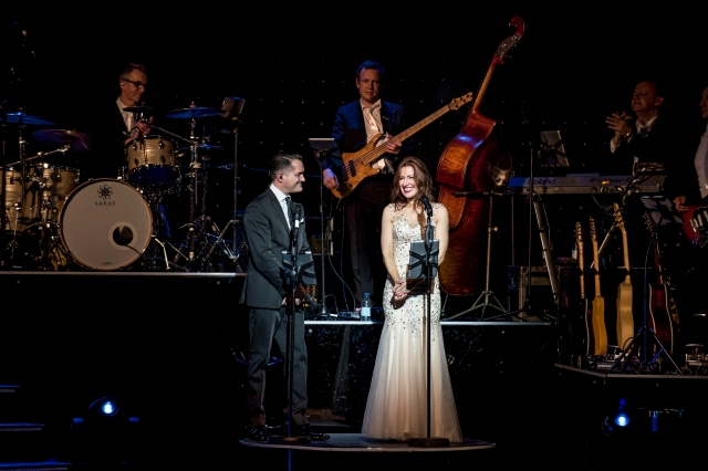 Band Substance: Brendan Cole's tour band , caught on camera