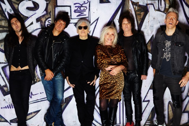 Fun Police: Blondie 2017 - Matt Katz-Bohen, Clem Burke, Chris Stein, Debbie Harry, Leigh Foxx, Tommy Kessler. Still out there.