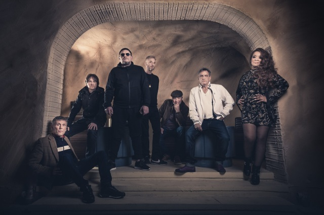 :Mondays Return: Happy Mondays are back on the road (Photo: Paul Husband)