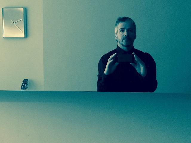 Finger Style: John Bramwell, from across the table